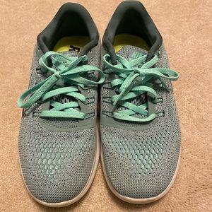 Size 8 light green Nike Free Shoes